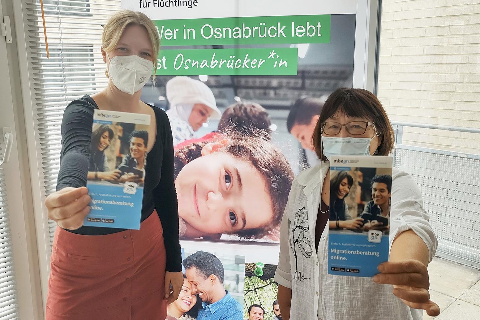 Exil-Geschäftsführerin Marlene Schriever und MBE-Beraterin Rosa Friesen zum MBE-Aktionstag
